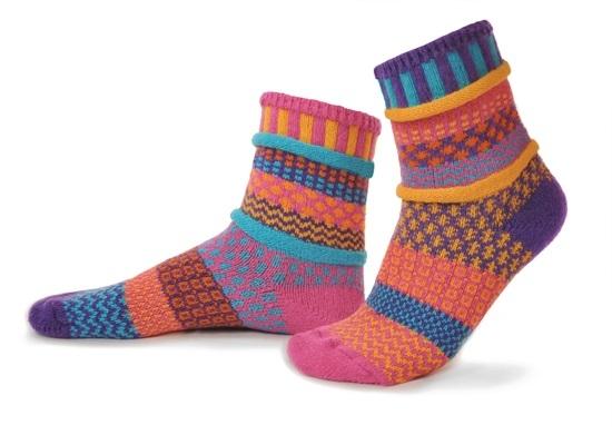 Кой е отговорен за създаването на чорапите?